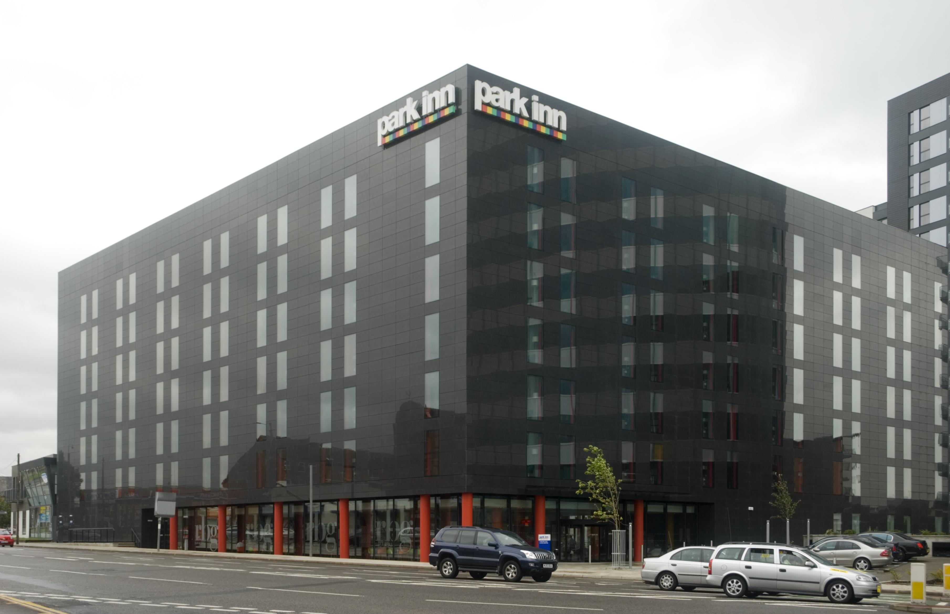 park inn hotel manchester keyclad experts in external. Black Bedroom Furniture Sets. Home Design Ideas